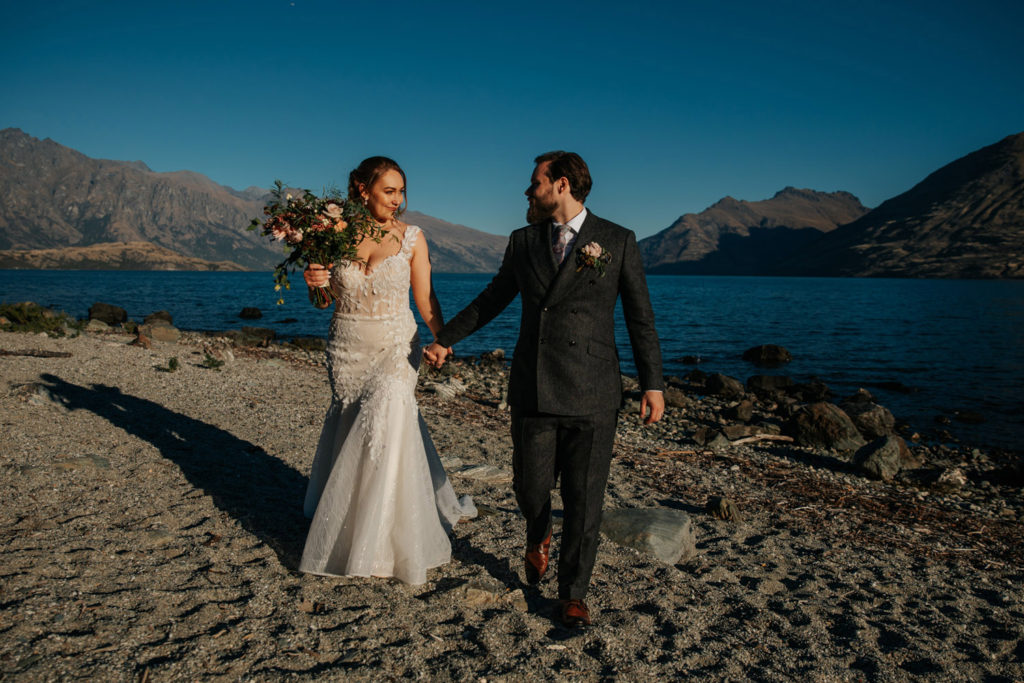 Lake side wedding Queenstown